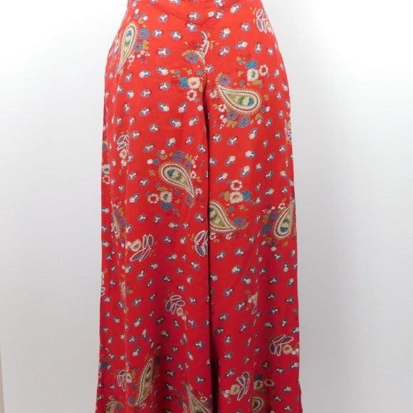a549af3ab27 Love Fire Red Paisley Slinky Wide Palazzo Pants S